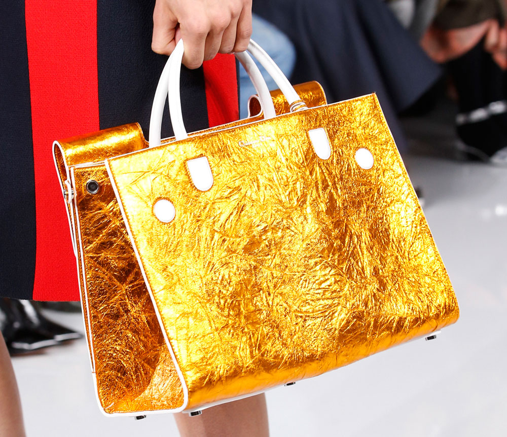 Christian-Dior-Spring-2016-Bags-18