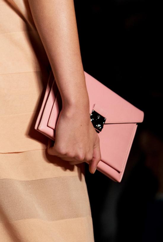 c9d49f2bb378 Professional Replica Mulberry Kensal Shoulder Bag  Boxy Boxy ...